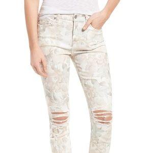 7 For All Mankind Sydney Garden Skinny Jeans 25